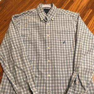 Men's Nautica Button Down Dress shirt size M